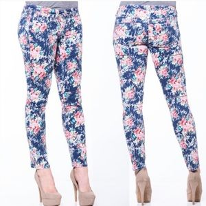 Seven 7 colorful Navy & Pink Floral Skinny Jeans
